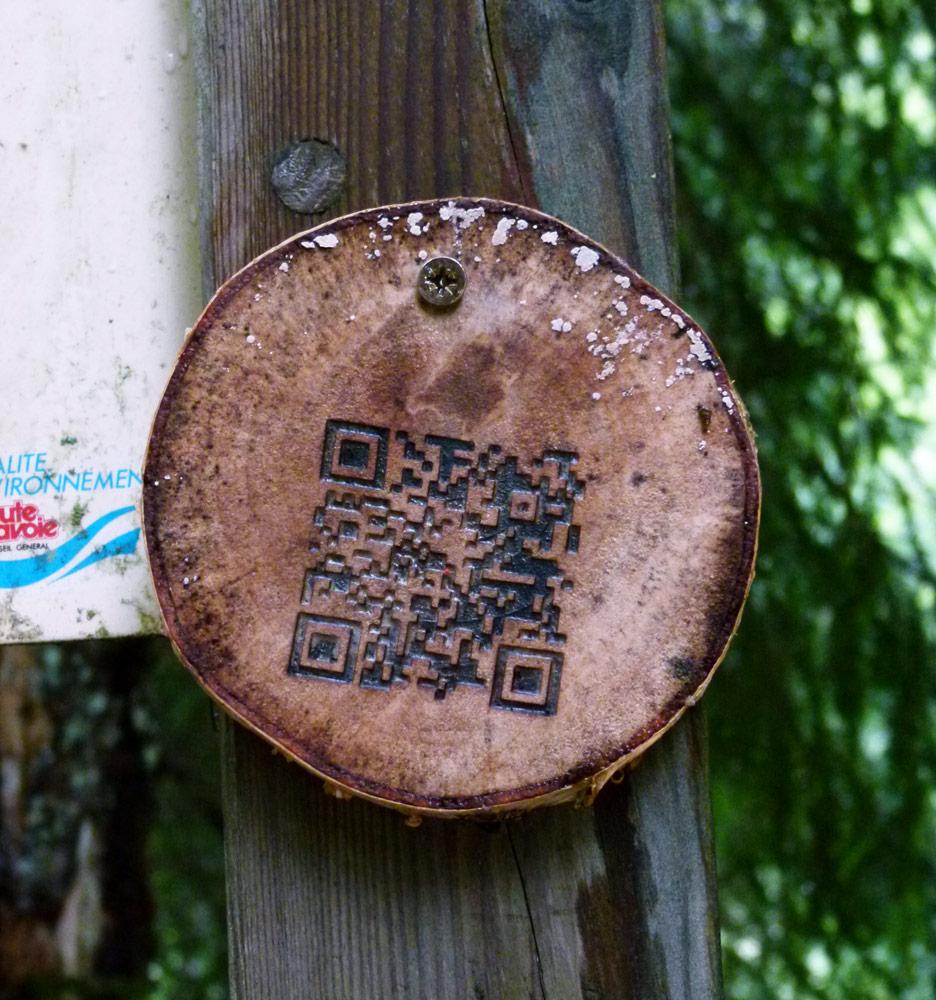 Créer un QR code sur du bois.
